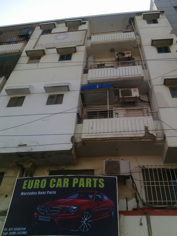 Flat for Sale in Jami Commercial